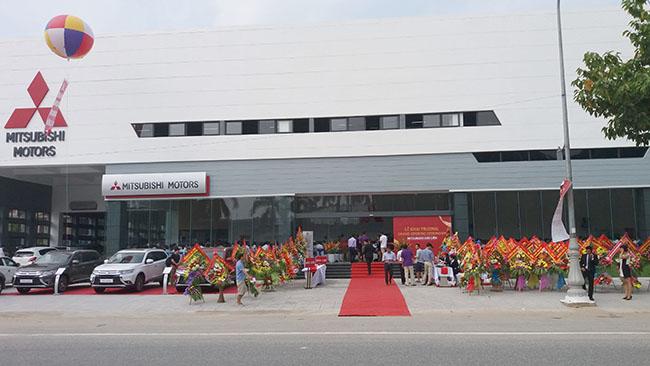 Showroom ô tô Mitsubishi Vinh