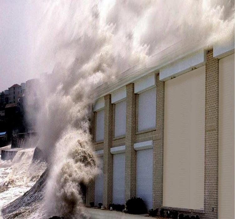 Cửa cuốn chống bão H50